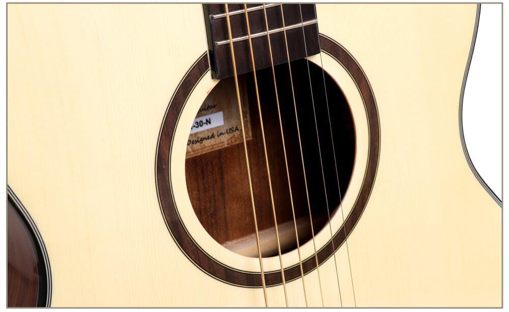 גיטרה אקוסטית - Smiger FN 30- תיבת התהודה ורוזטה