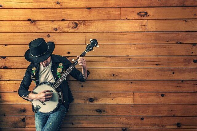גיטרה נוחה לנגינה