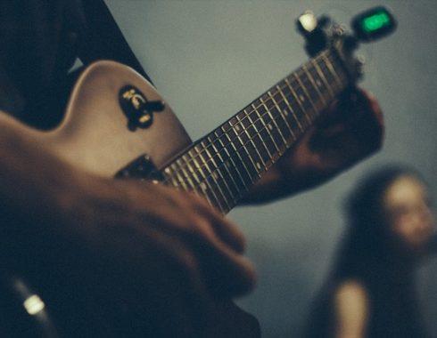 טיונרים לגיטרה