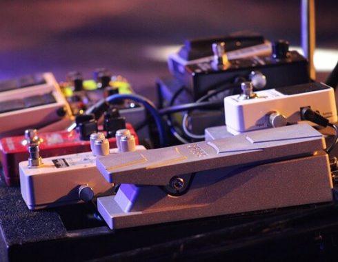 אביזרים לגיטרות - אפקטים לגיטרה חשמלית