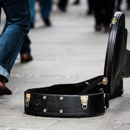 נרתיקים לגיטרות