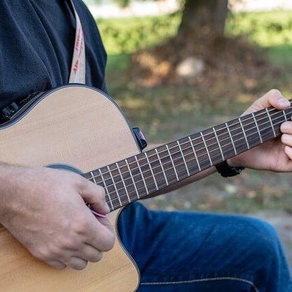 גיטרות קלאסיות מוגברות