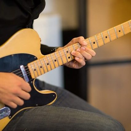 גיטרות חשמליות בסגנון Tele Caster